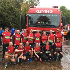 """Personeel en vrachtauto's van Reining aanwezig bij de """"4 mijl van Groningen"""""""